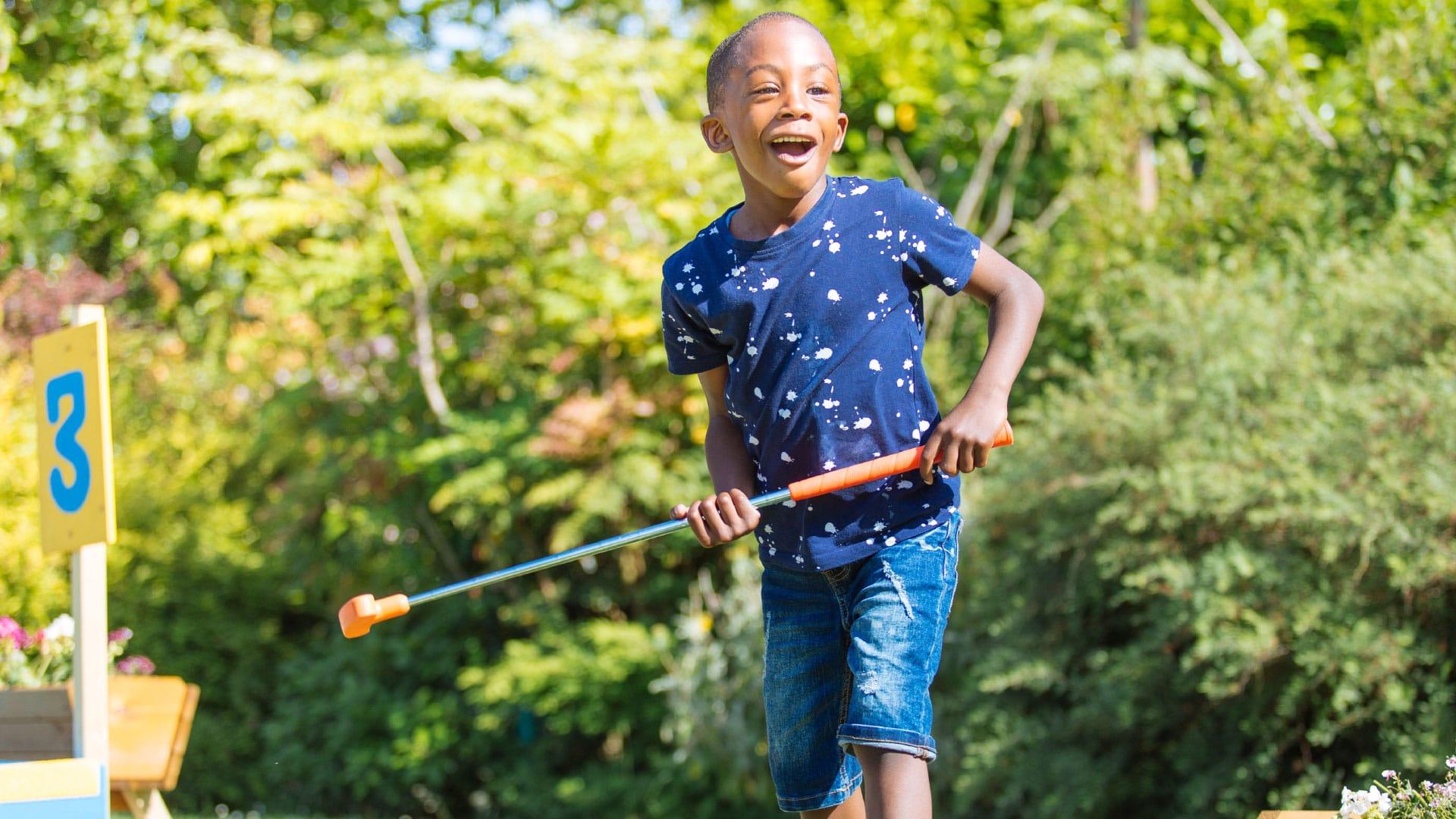 London-Fields-outdoor course kid having fun
